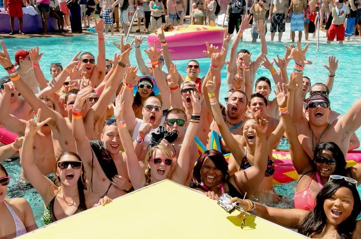 Etudiants américains faisant la fête durant Spring Break