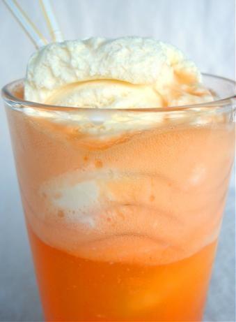 Recette Orange Float ou Orange Whip rootbeer float